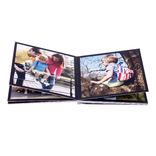 livre photo ouvert sur papier photo